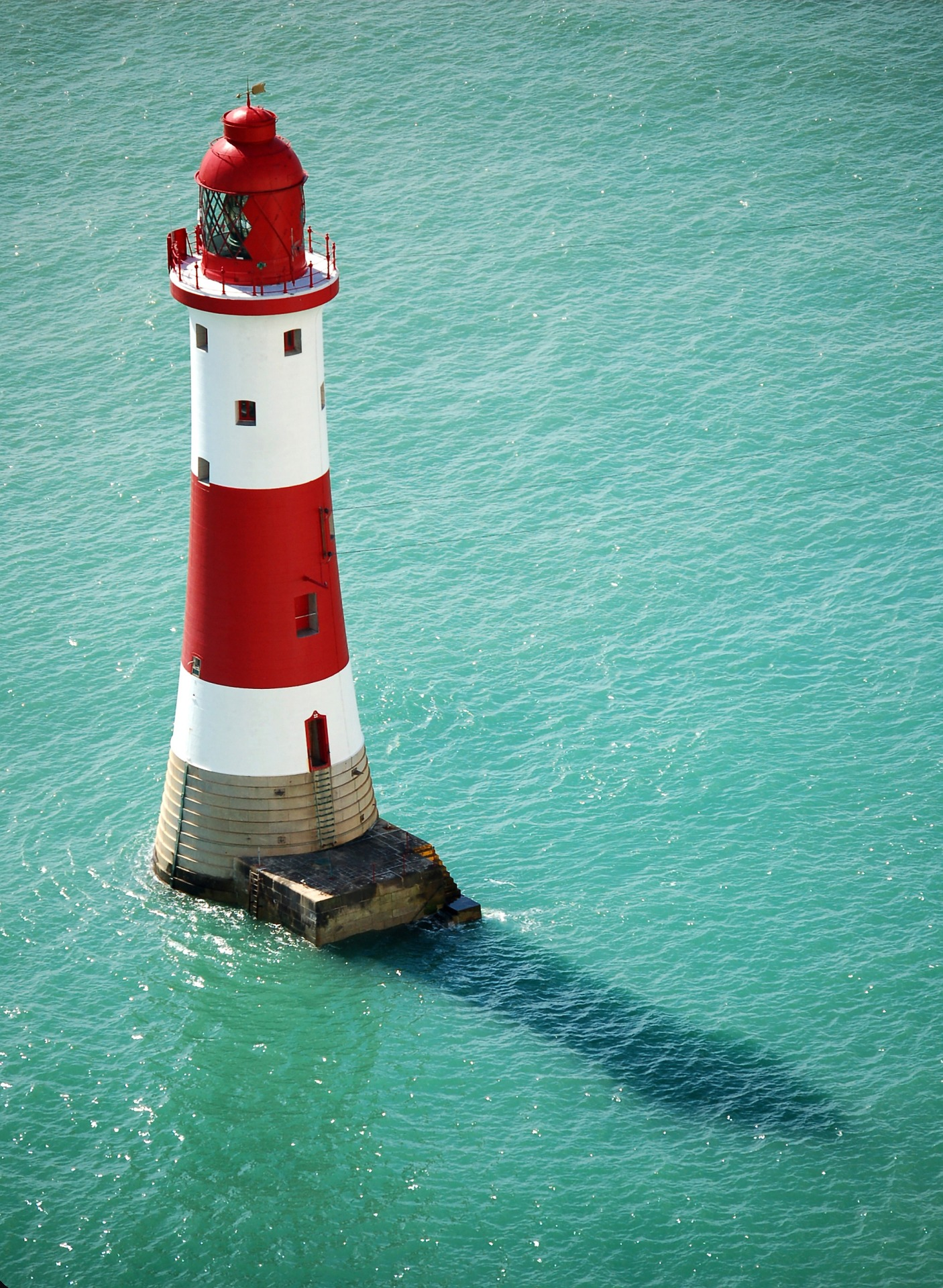 lighthouse-1886076_1920